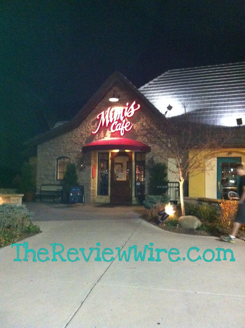 Mimi's Cafe Review