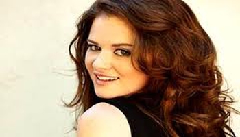 "Live Twitter Chat with ""GREY'S ANATOMY"" Star SARAH DREW: 4/26"