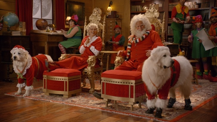SANTA PAWS 2: THE SANTA PUPS.