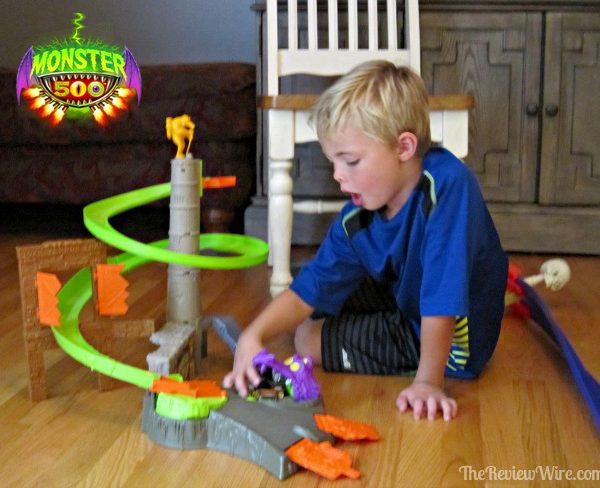 Monster500 Playset