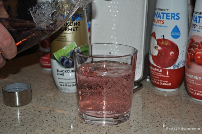 Blackcurrant Lime Sparkling Water