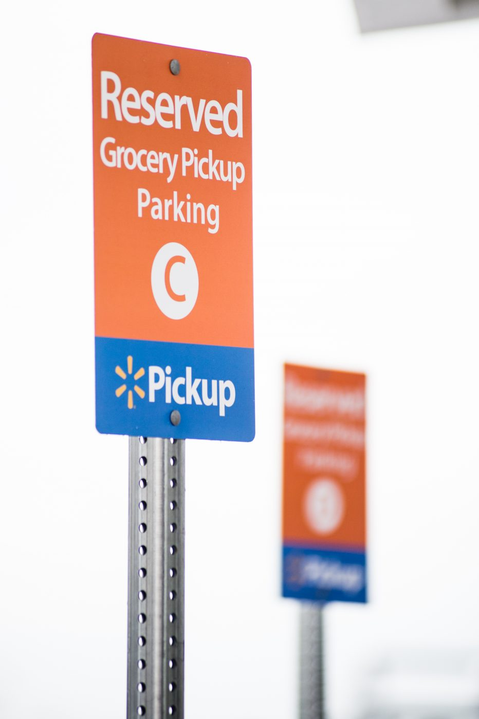 walmart-online-grocery-pickup-designated-parking-signs