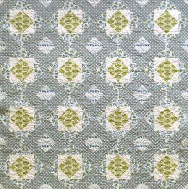 Diamond Dash Quilt in Green and Gray