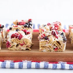 No-Bake Red, White and Blueberry Chex Bars