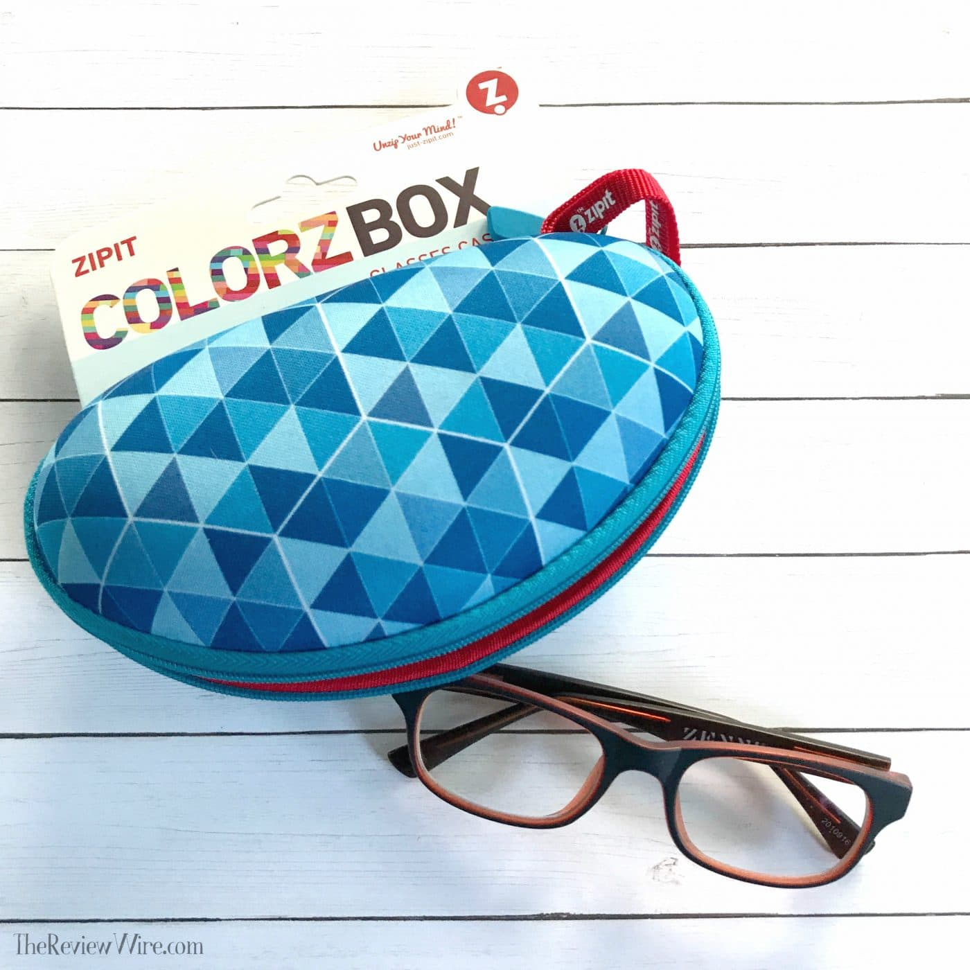 ZIPIT Colorz Box Glasses Case