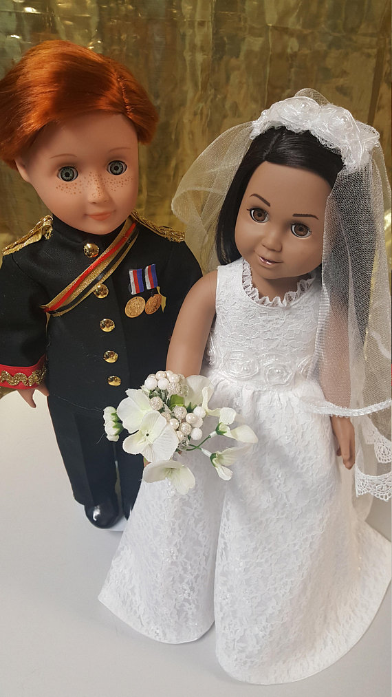 Royals Wedding 9-piece Doll Set