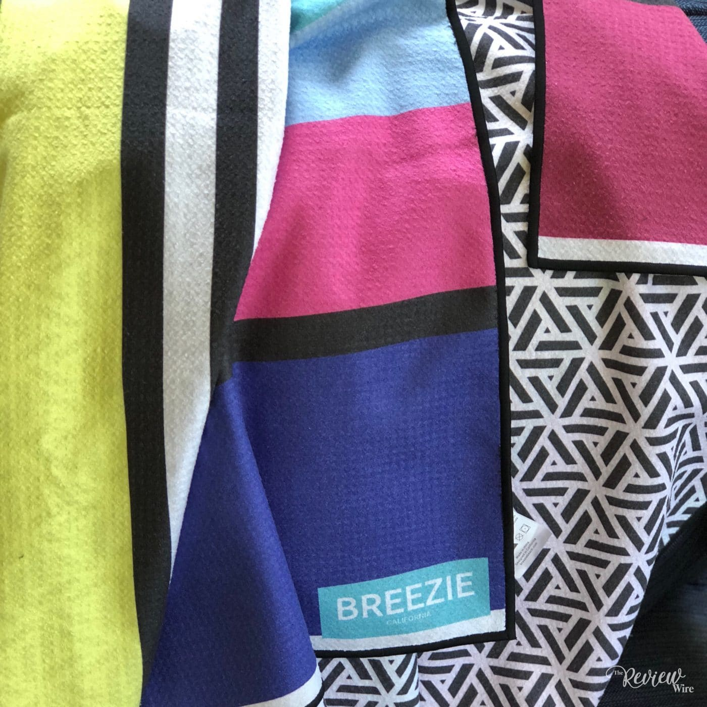 The Review Wire Summer Guide 2018 GoBreezie Sand Free Beach Towel