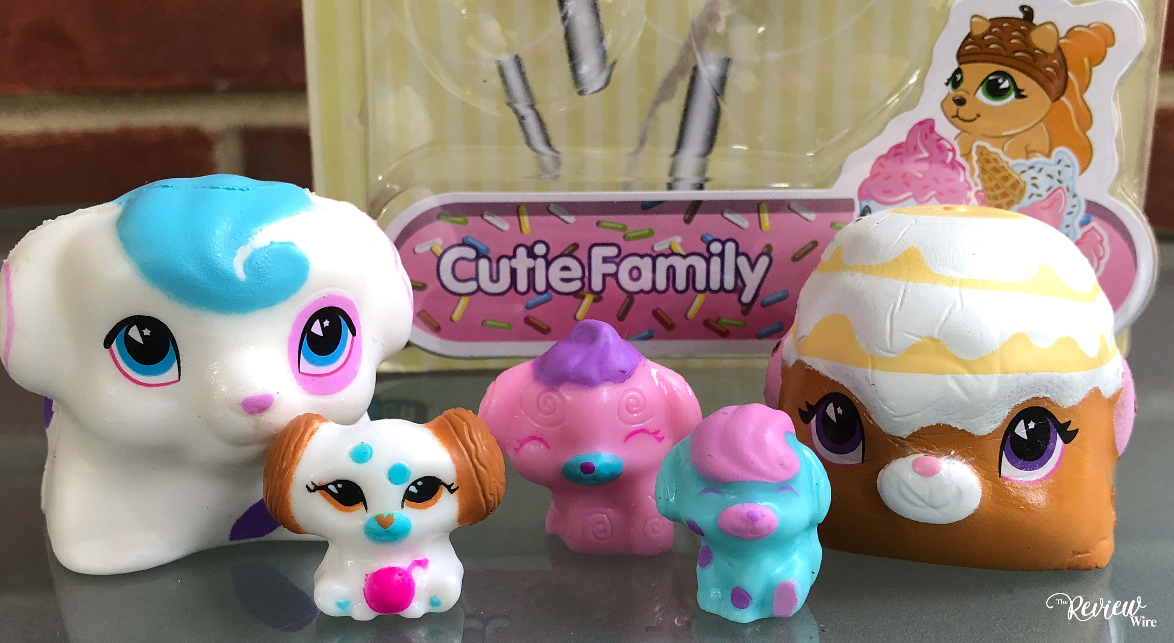 The Review Wire: CakePop Cuties Cutie Family Set Review
