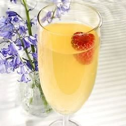 New Year's Eve Kid Friendly Drinks - Mock Champagne