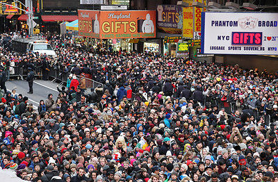 What to Expect If You Want to Ring in the New Year in NYC - Crowds