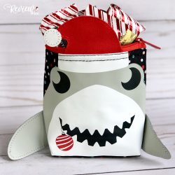 The Review Wire Holiday Guide: Cool Zip Snackers Holiday Shark
