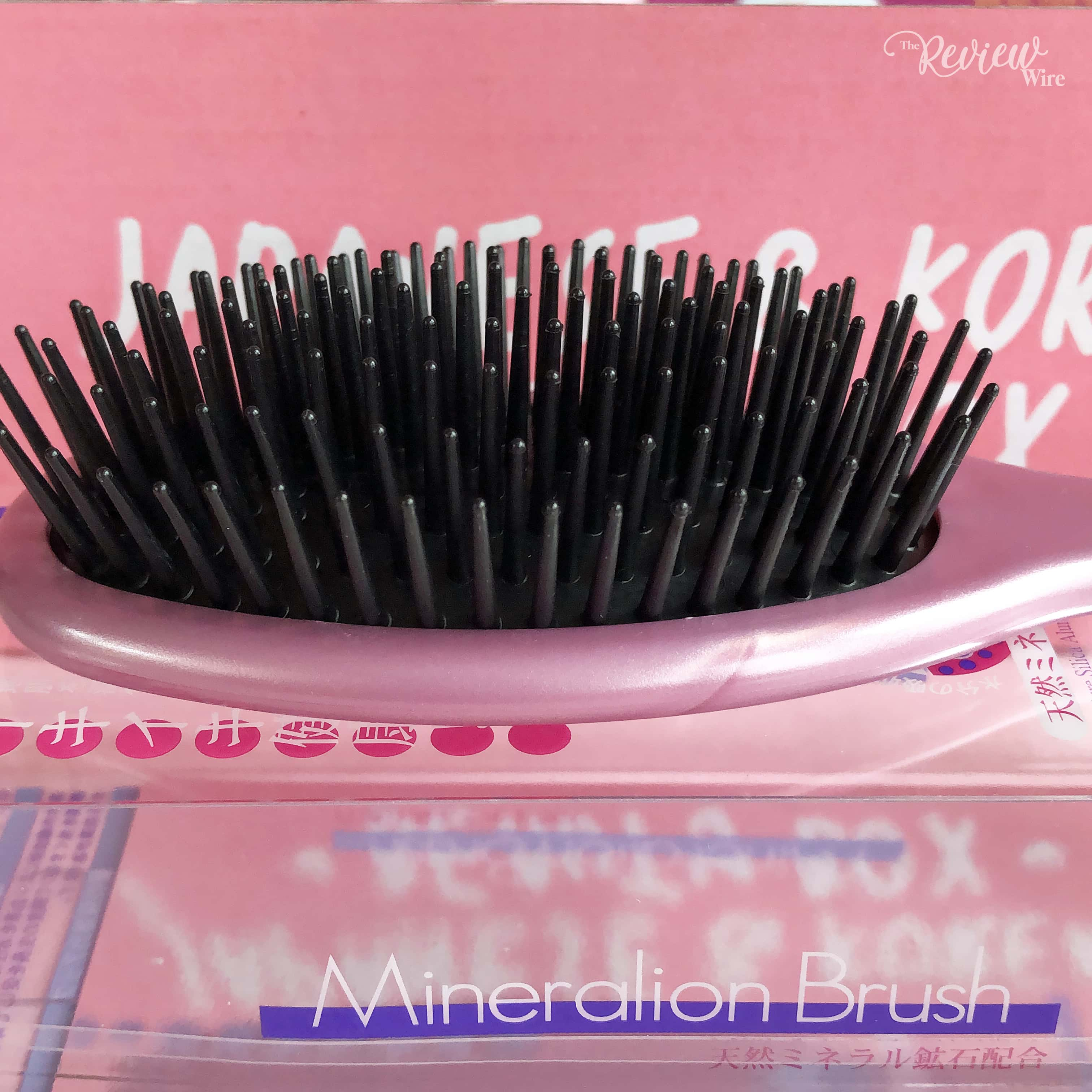 The Review Wire: nomakenolife Korean and Japanese Beauty Box: March 2019 Vibrant Vibes: Mineral Ion Hairbrush