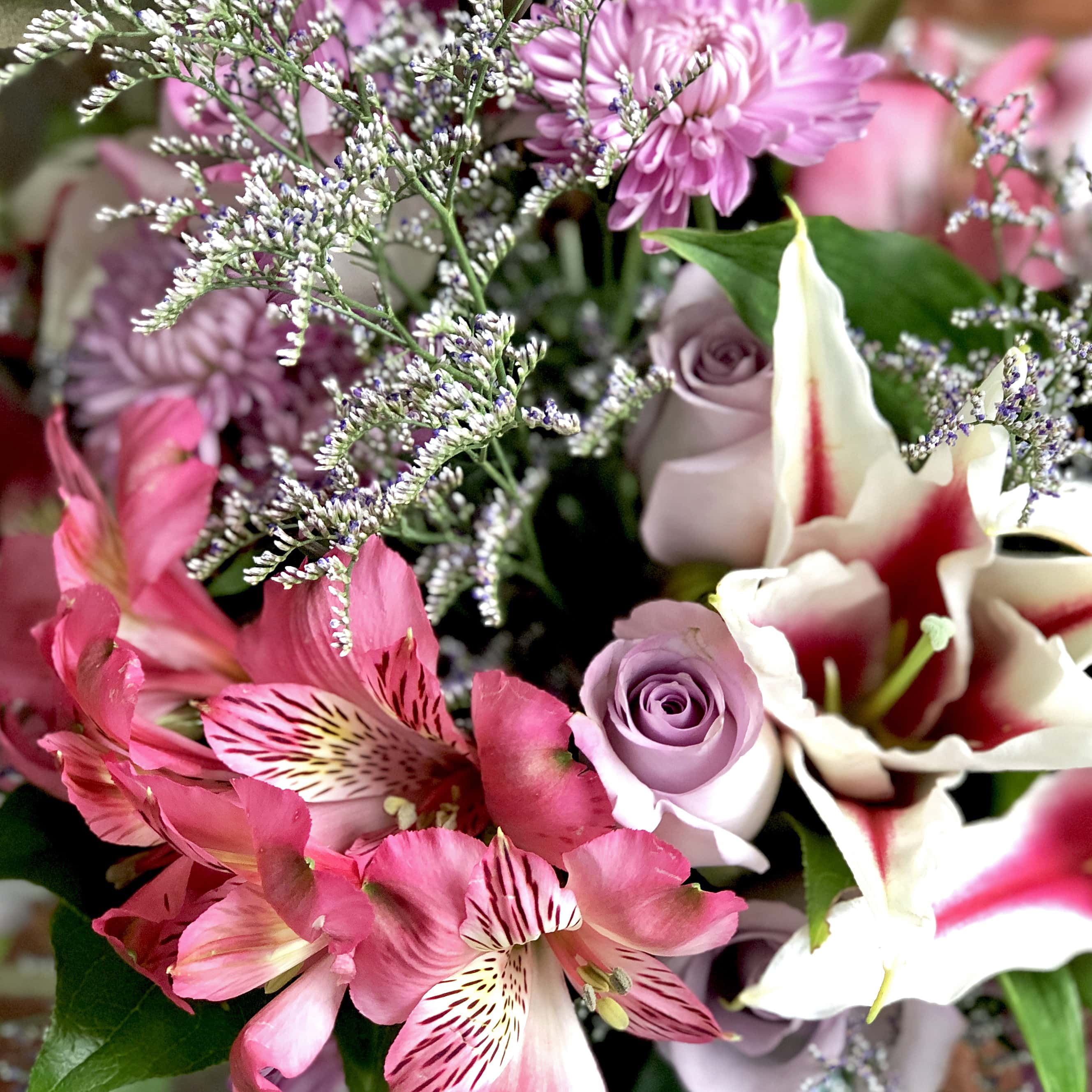 The Review Wire: Teleflora's Art Glass Treasure Bouquet - Flowers