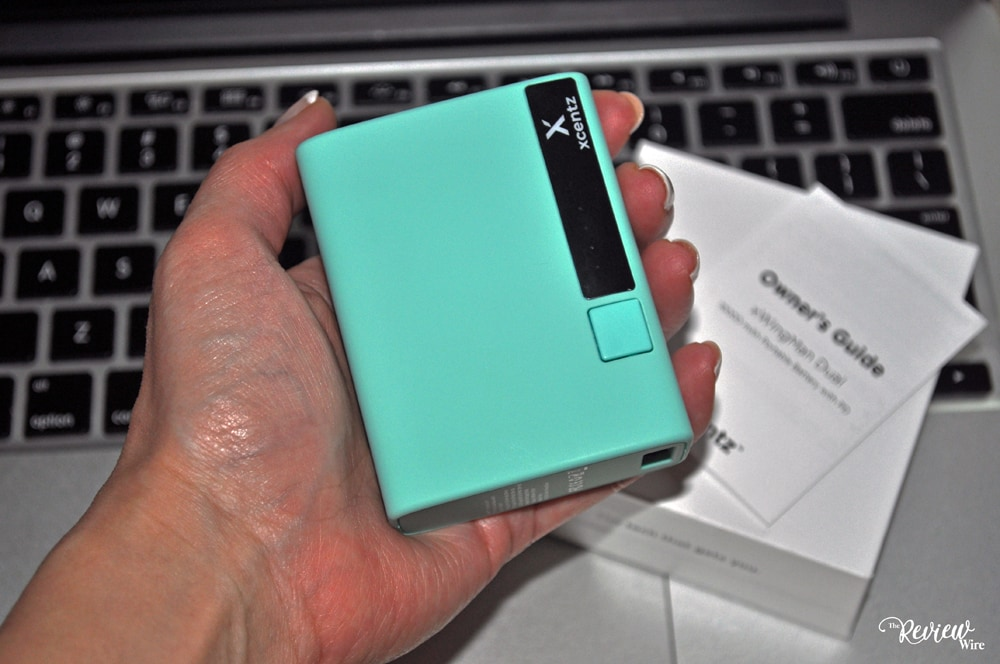 The Review Wire: Xcentz 10000mAh Portable Charger - Fits in the Palm of my Hand