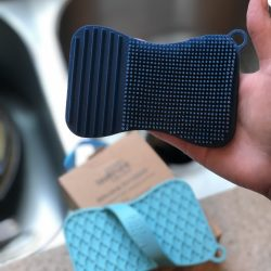 The Review Wire Summer Guide 2019: TealTrunk Silicone Scrubber