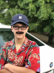 The Review Wire - TVStoreOnline: Halloween Costumes Magnum PI