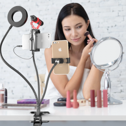 The Review Wire 2019 Holiday Gift Guide: Movo VGC-3 Selfie Ring Light Kit