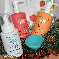 The Review Wire 2019 Holiday Gift Guide: Dabble & Dollob Mixable Bath Products Starter Kit
