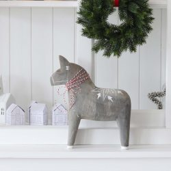 The Review Wire: Make it a Hygge Holiday with these Ideas for a Cozy Christmas - Swedish Dala Horse