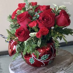 The Review Wire Holiday Gift Guide: Teleflora's Deck the Holly Ornament Bouquet