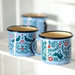The Review Wire: Make it a Hygge Holiday with these Ideas for a Cozy Christmas - Woodlands Enamel Mug