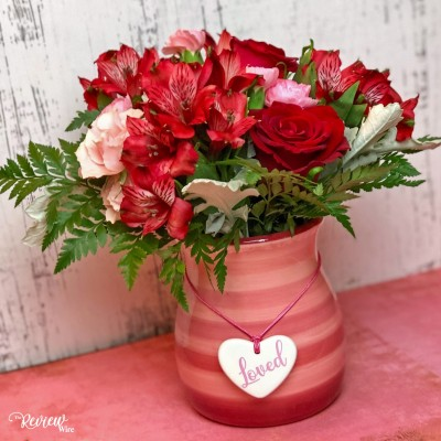 Celebrate all the reasons TO LOVE this Valentine's Day with Teleflora #LoveOutLoud