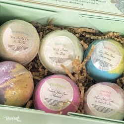 The Review Wire Mother's Day Guide 2020: Mom Bomb Bath Bomb Classic Gift Set