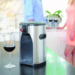 The Review Wire Holiday Gift Guide 2020: Boxxle Box Wine Dispenser