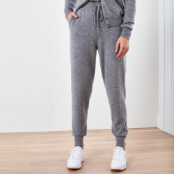 The Review Wire Holiday Gift Guide 2020: Quince Mongolian Cashmere Sweatpants