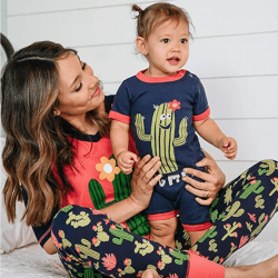 The Review Wire Summer Guide: Stuck in Bed Women's Cactus Legging Set
