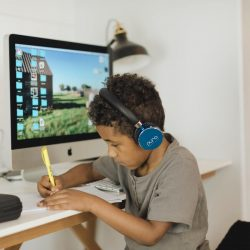The Review Wire Back to School Guide:BT2200s Volume Limited Bluetooth Headphones